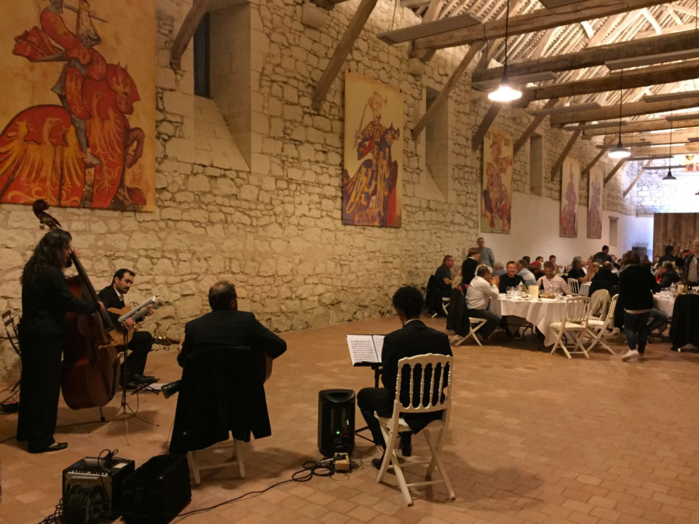 Pierre Mager's gypsy jazz band quartet clarinet at Château du Riveau 2016-2.